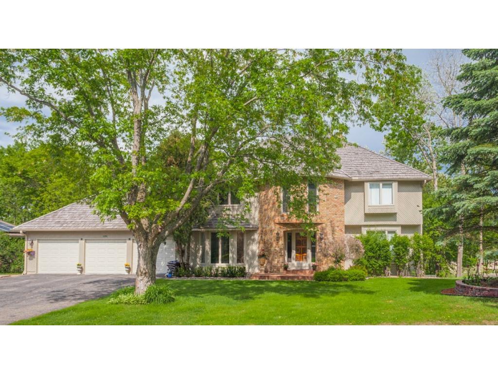 6981 Edgebrook Place, Eden Prairie, MN 55346