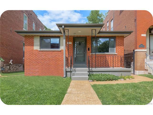 3825 McDonald Avenue, St Louis, MO 63116