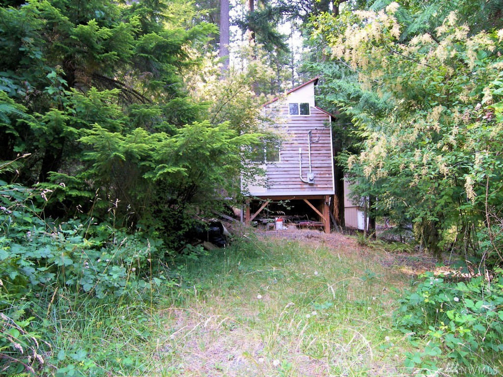 1221 Scenic Ave, Lummi Island, WA 98262