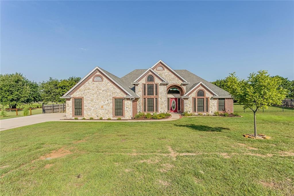 137 English Lake Court, Weatherford, TX 76088