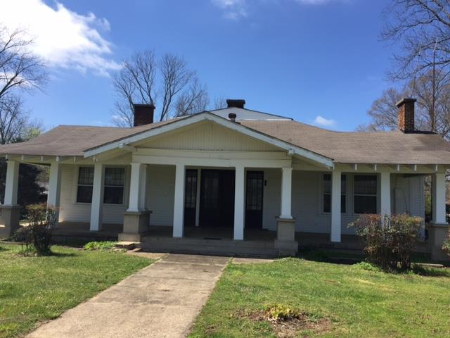 1002 Main St, Huntland, TN 37345