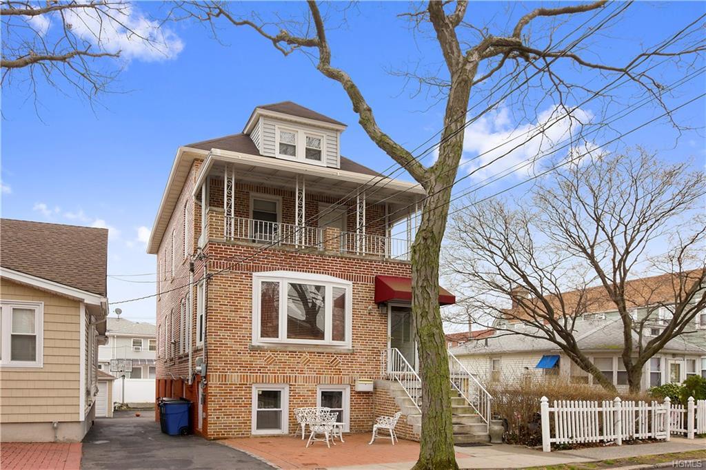 439 Minnieford Avenue, Bronx, NY 10464