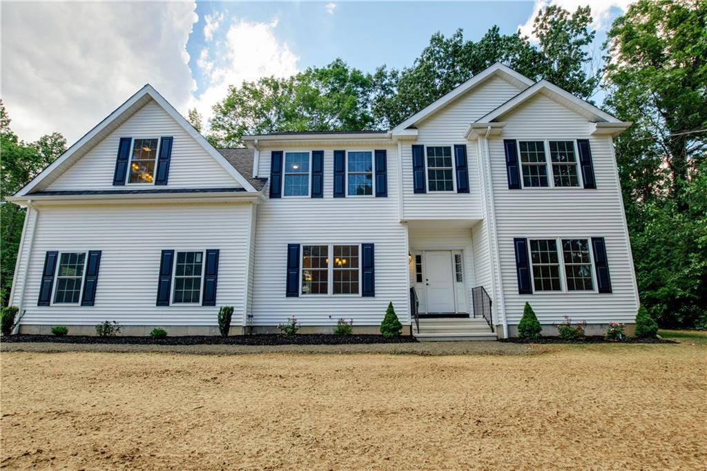 34 Side Hill Road, North Haven, CT 06473