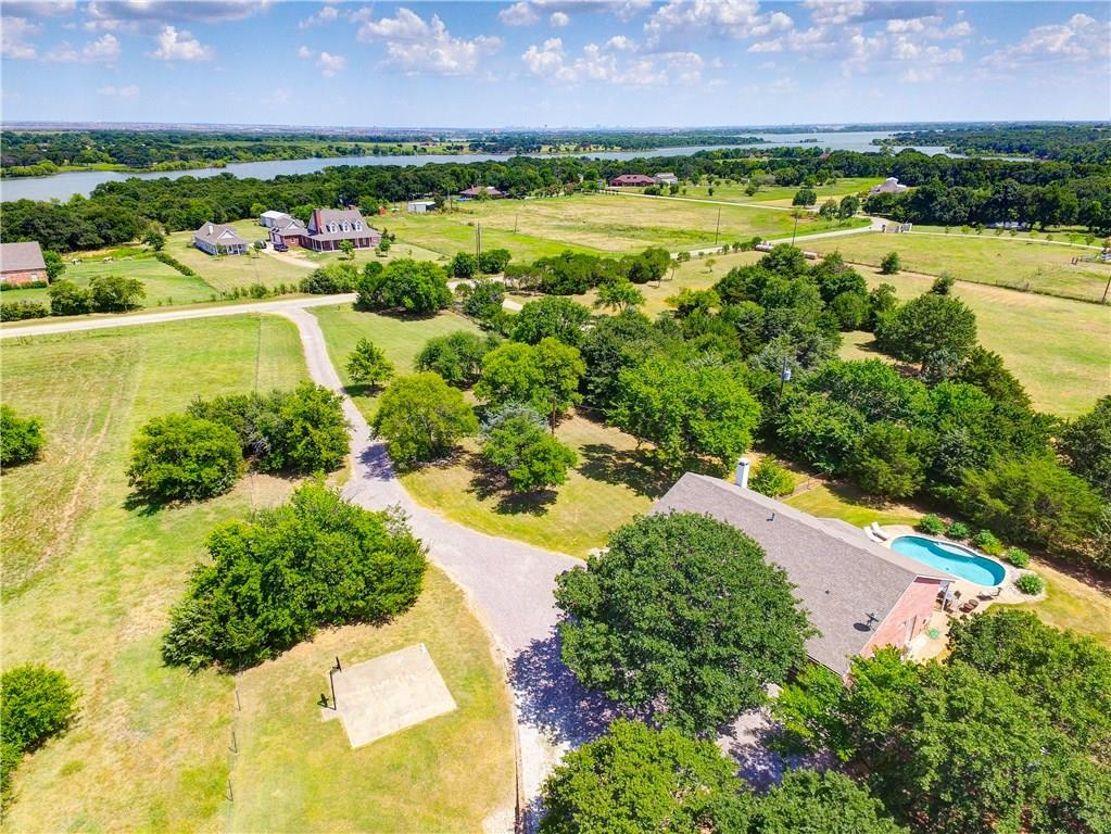 957 Lloyds Road, Little Elm, TX 75068