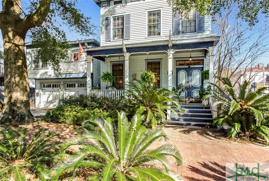 302 W Waldburg Street, Savannah, GA 31401