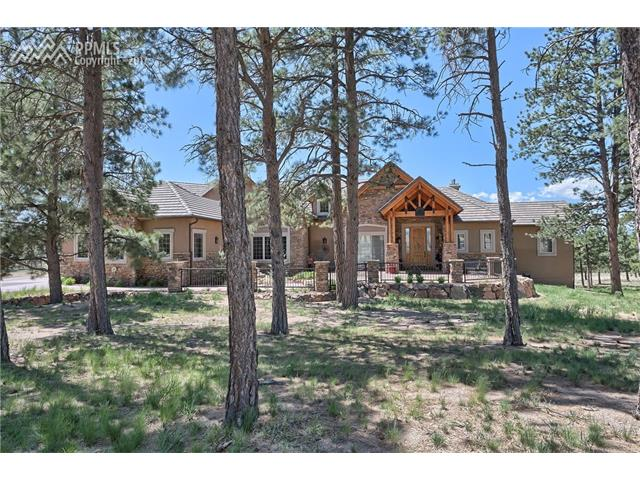 4020 Foxchase Way, Colorado Springs, CO 80908