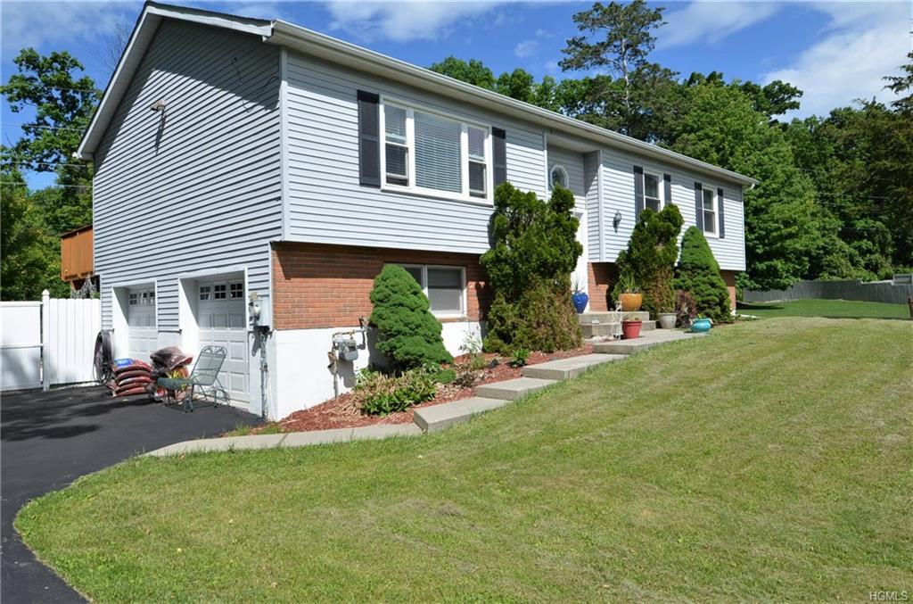 28 Vermont Drive, Newburgh, NY 12550