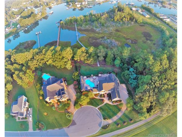 15 Crescent Point, Poquoson, VA 23662