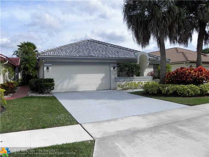 21382 Green Hill Ln, Boca Raton, FL 33428