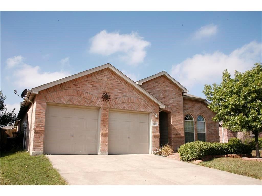 1129 Partridge, Aubrey, TX 76227