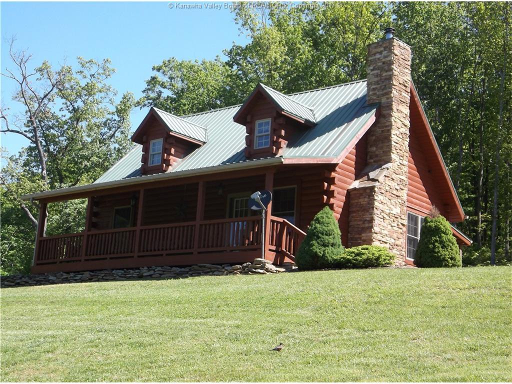 592 Widen Ridge Road, Clay, WV 25043