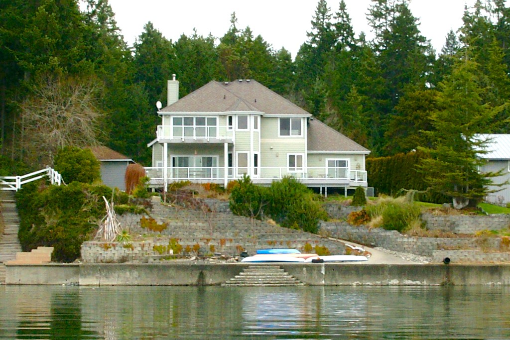9816 36th St NW, Gig Harbor, WA 98335