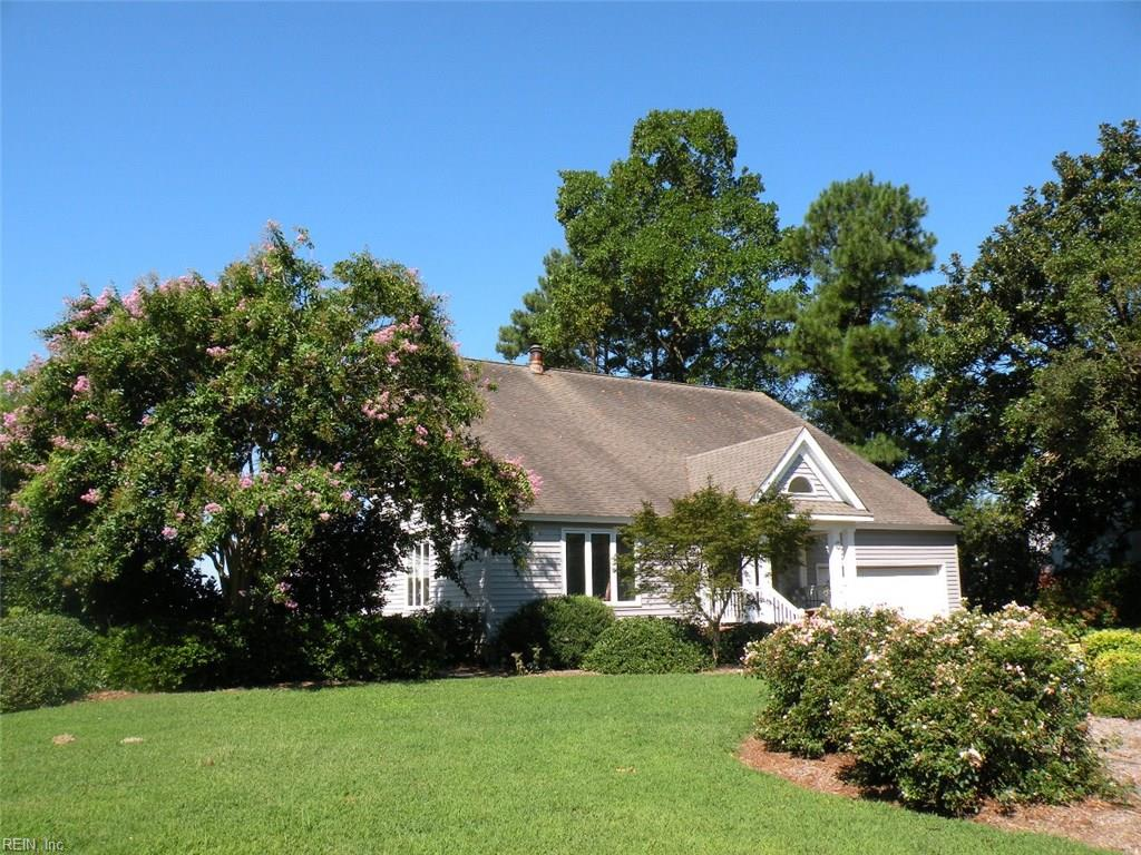 6 HOPEMONT DR, Newport News, VA 23606