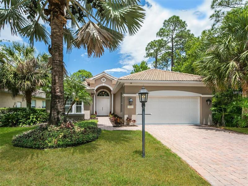 8106 DUKES WOOD COURT, UNIVERSITY PARK, FL 34201
