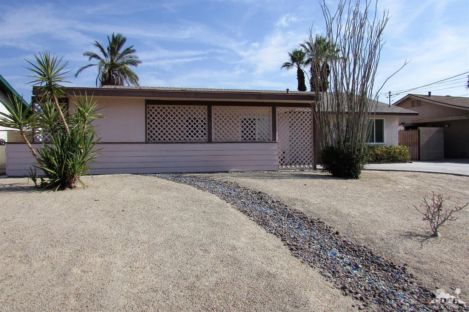 77040 Indiana Avenue, Palm Desert, CA 92211