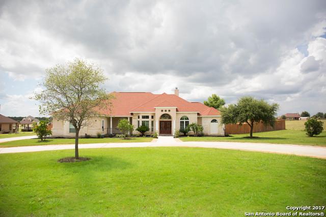 112 ABREGO MOUNT DR, Floresville, TX 78114