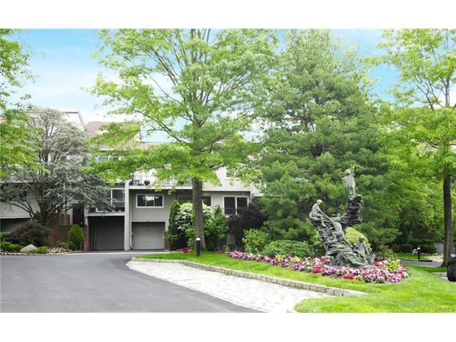 95 Waterside Close, Eastchester, NY 10709