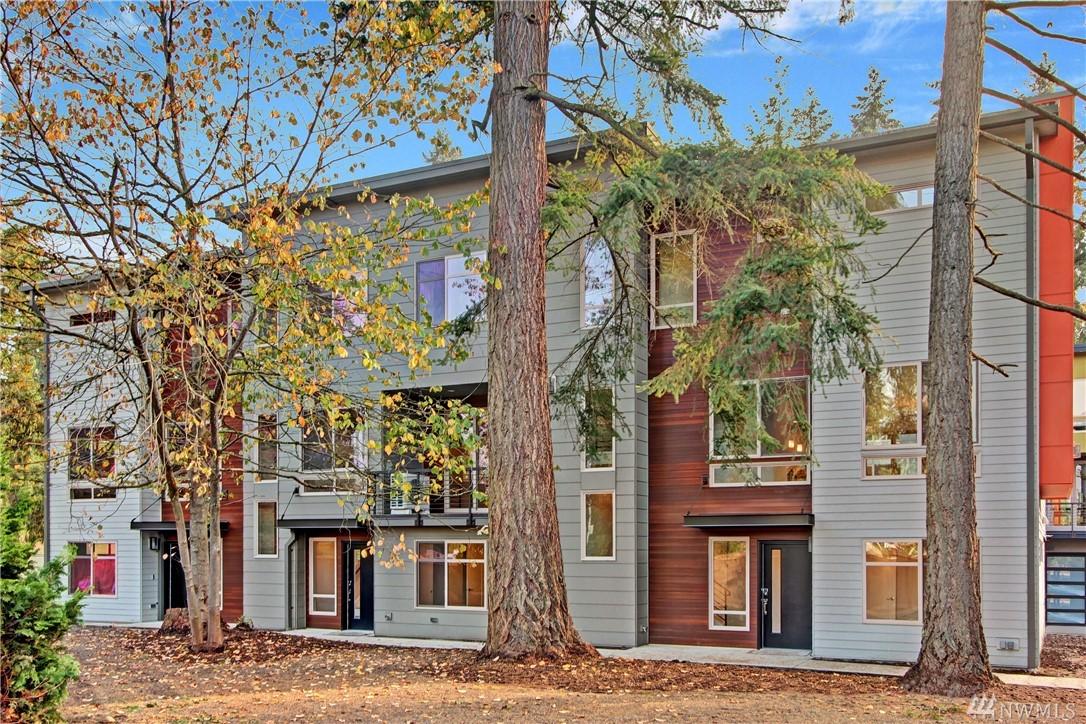 1609 163rd Place NE G 1, Bellevue, WA 98008