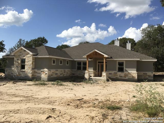 104 Lisa Dawn Drive, Adkins, TX 78101
