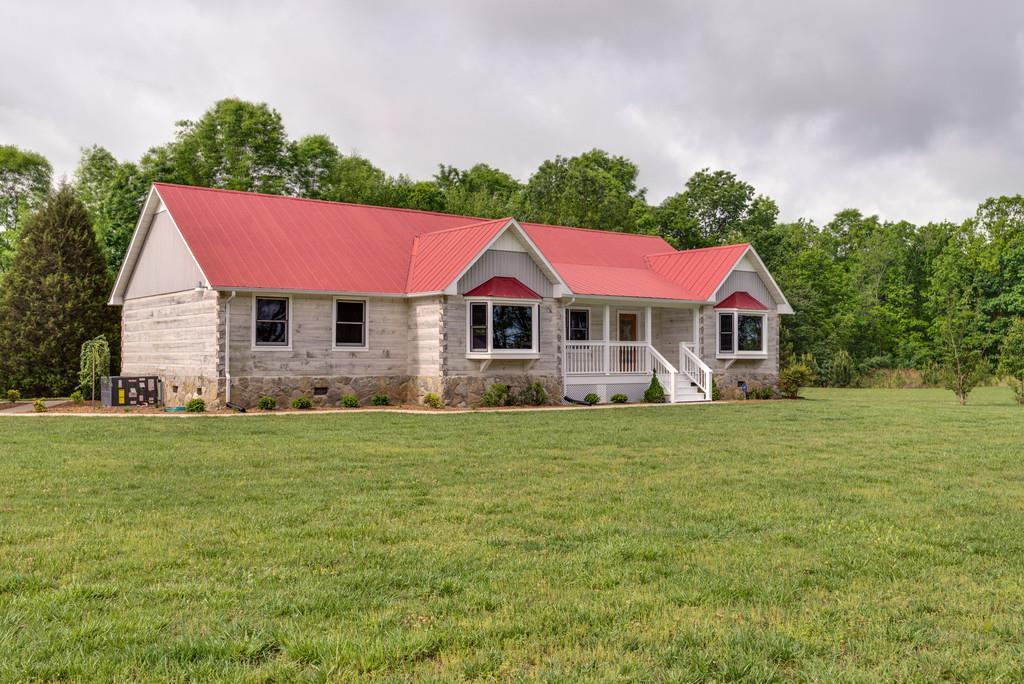 345 Marshall Rd, Belvidere, TN 37306