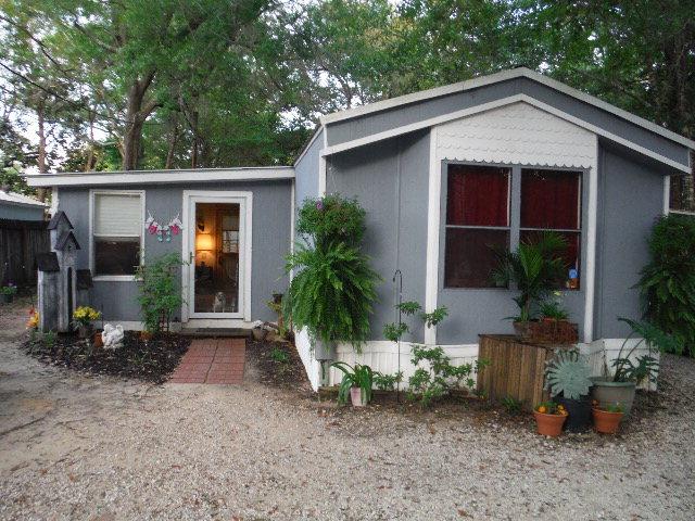 1590 Pensacola Drive, Lillian, AL 36549