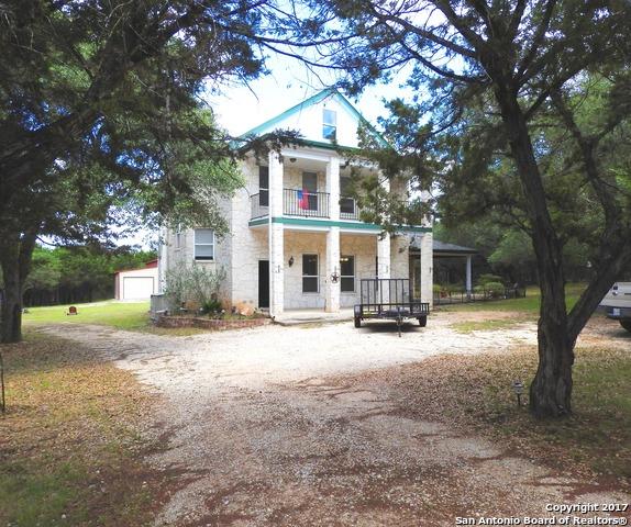 145 Forest Ridge Drive, Lakehills, TX 78063