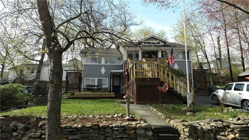 13 Grove Place, Fort Montgomery, NY 10922