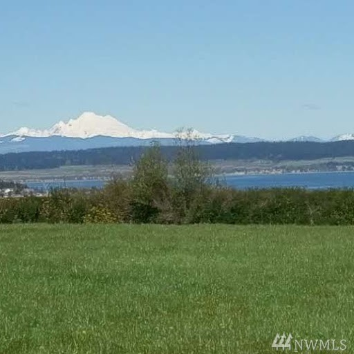 1156 Scenic Heights Rd, Oak Harbor, WA 98277