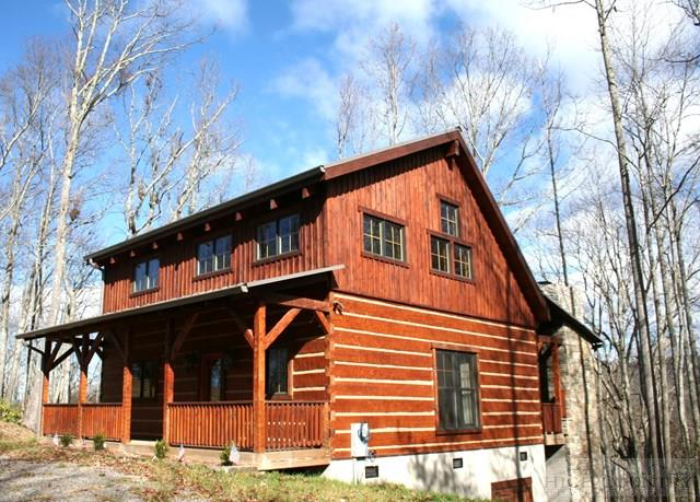 176 Houndstooth, Boone, NC 28607