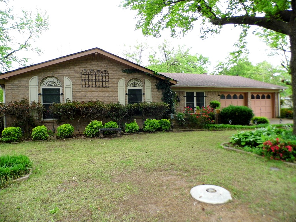 4608 Victoria DR, Fort Smith, AR 72904