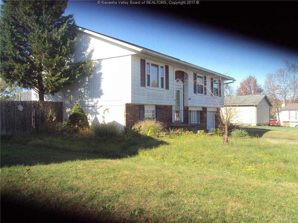 149 Washington Circle, Hurricane, WV 25526