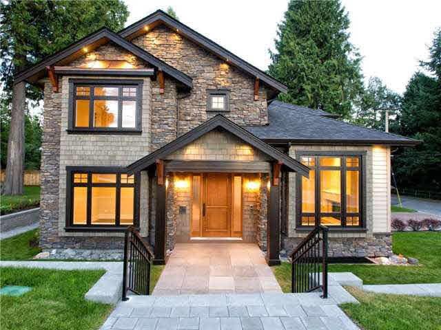 3430 ST. ANDREWS AVENUE, North Vancouver, BC V7N 1Z9