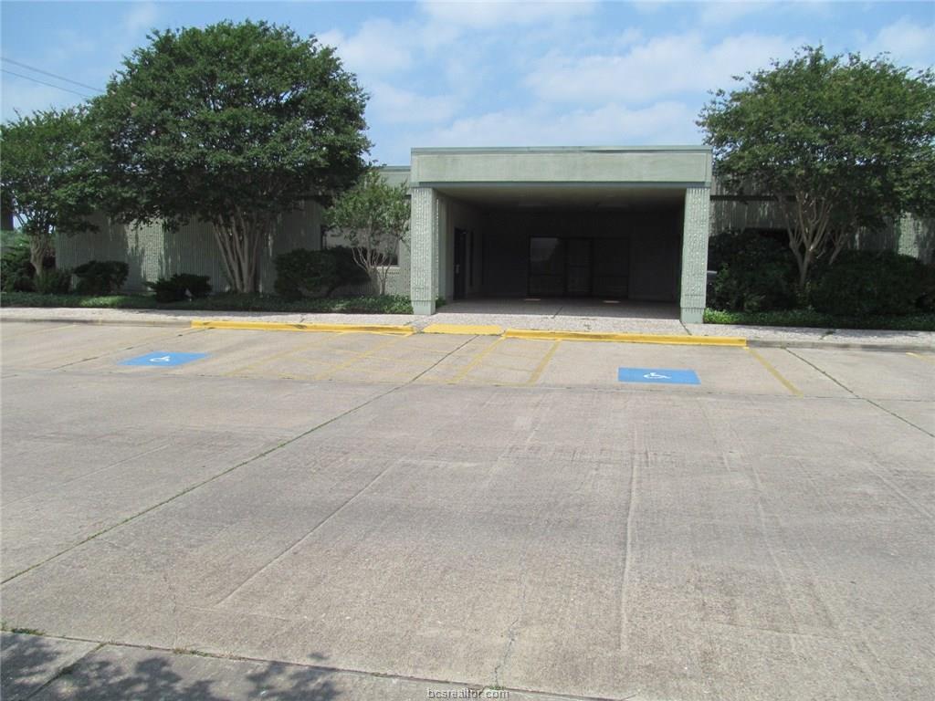 2011 E Villa Maria Road, Bryan, TX 77802