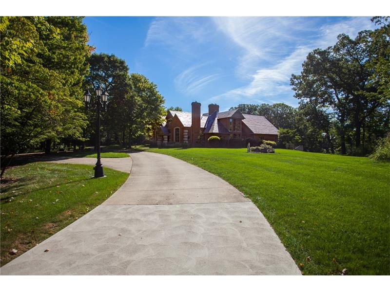 126 Parkview Drive, Sewickley, PA 15143