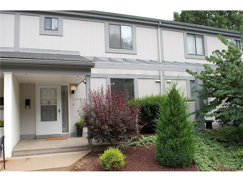 1583 Pinehurst Dr, Pittsburgh, PA 15241