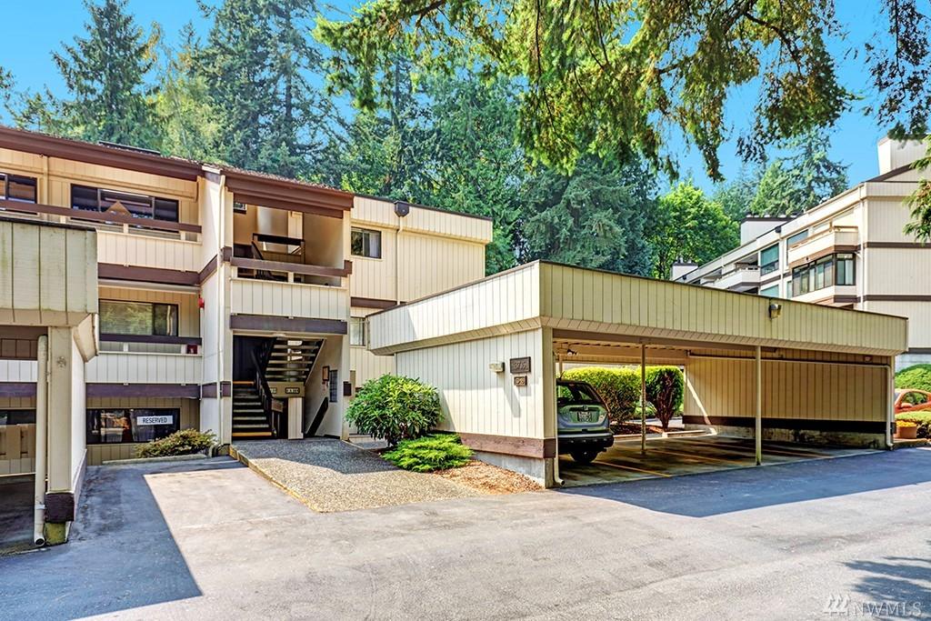 13735 15th Ave NE A18, Seattle, WA 98125