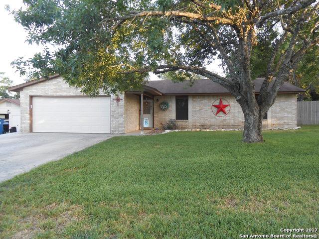 331 CROWNHILL, Pleasanton, TX 78064