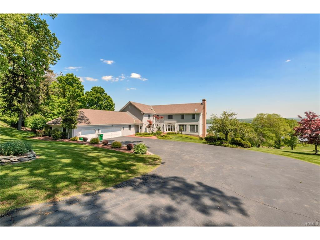 578 River Road, Newburgh, NY 12550
