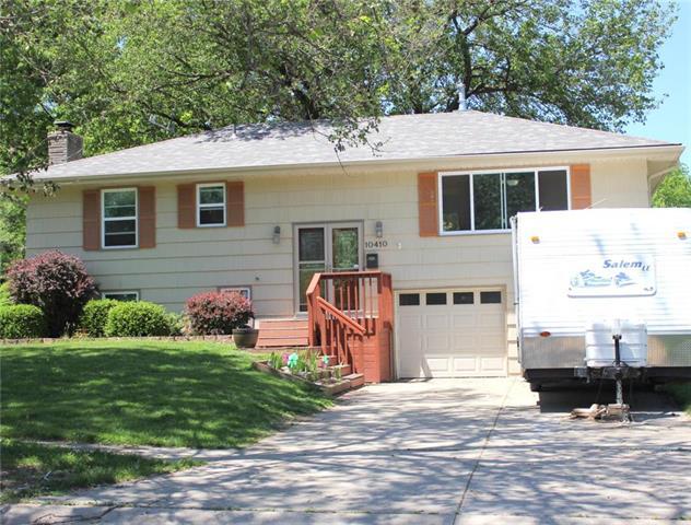 10410 W 73rd Terrace, Shawnee, KS 66203