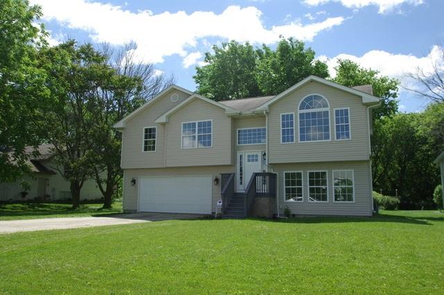 132 SE Brandywine Drive, POPLAR GROVE, IL 61065