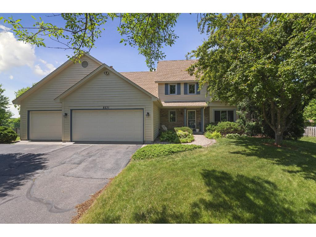 8231 Revelwood Place, Maple Grove, MN 55311
