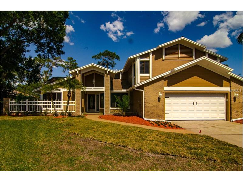 2104 N GOLFVIEW DRIVE, PLANT CITY, FL 33566