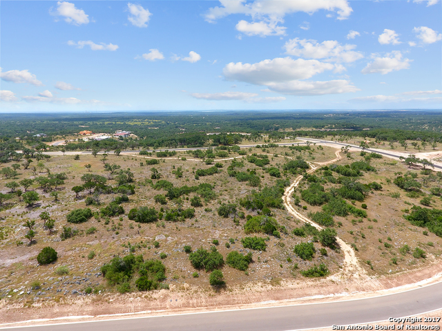 537 CANTERA RDG, New Braunfels, TX 78132