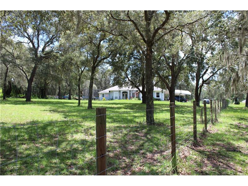22453 COUNTY ROAD 455, HOWEY IN THE HILLS, FL 34737