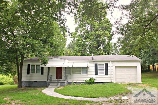 3551 Lake Carlton Rd., Loganville, GA 30052