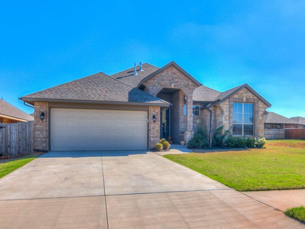 2628 SE 38th, Moore, OK 73160