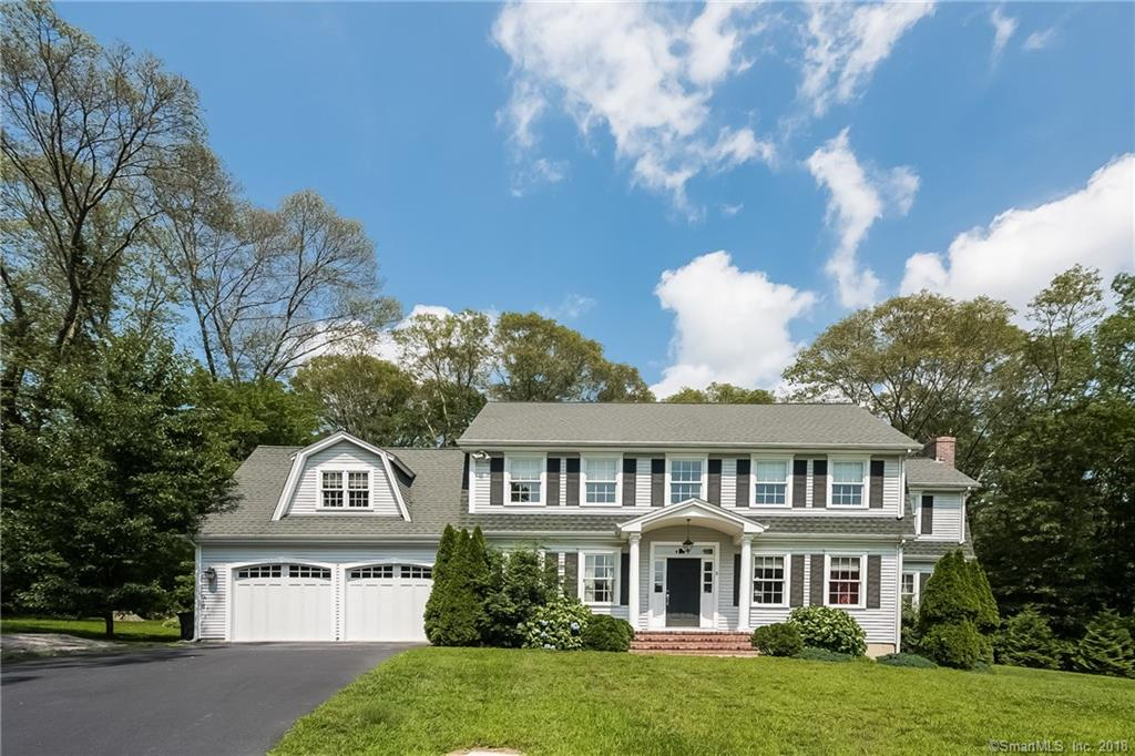 8 Red Oak Lane, Stonington, CT 06379