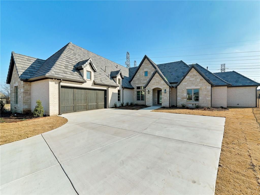 5309 Sendero Drive, Benbrook, TX 76126