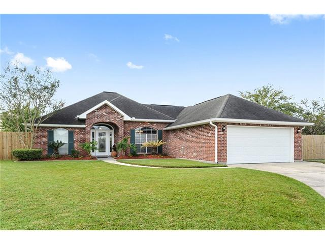 Remarkably well kept home in a popular golf course community close to the interstate for commuters traveling to Baton Rouge, New Orleans, or the Northshore. Oversized lot could accompany a pool and any outdoor entertainment that you wish. Open floor plan and 10 ft. ceilings with crown molding invites you in to get comfortable and stay a while. Check the attachments for the list of amenities and bonuses. Don't miss your opportunity to own this beauty!