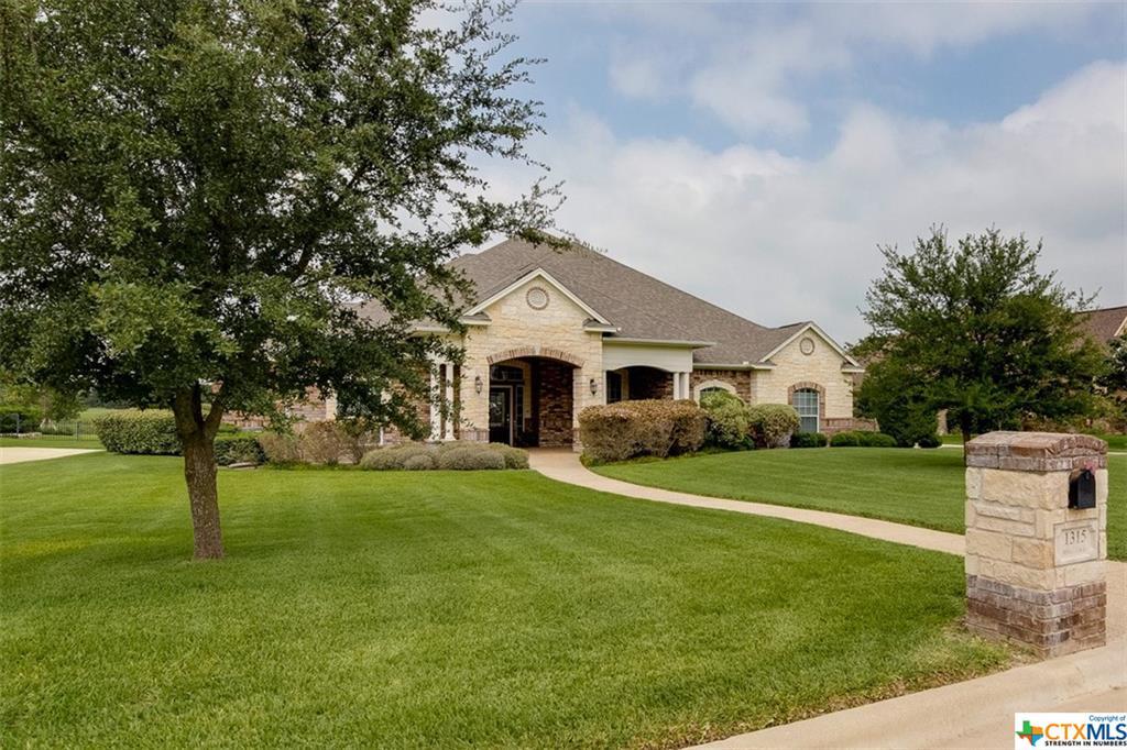 1315 Walker Circle, Salado, TX 76571